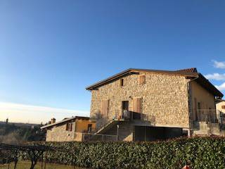 Appartamento in vendita via Cimaer Almenno San Salvatore
