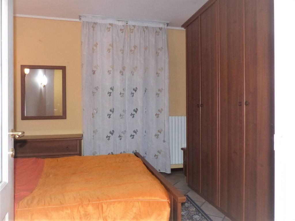 Appartamento in buone condizioni arredato in affitto Rif. 8619410