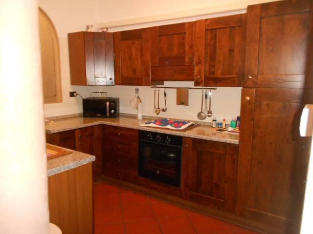 Appartamento in ottime condizioni parzialmente arredato in vendita Rif. 8640046