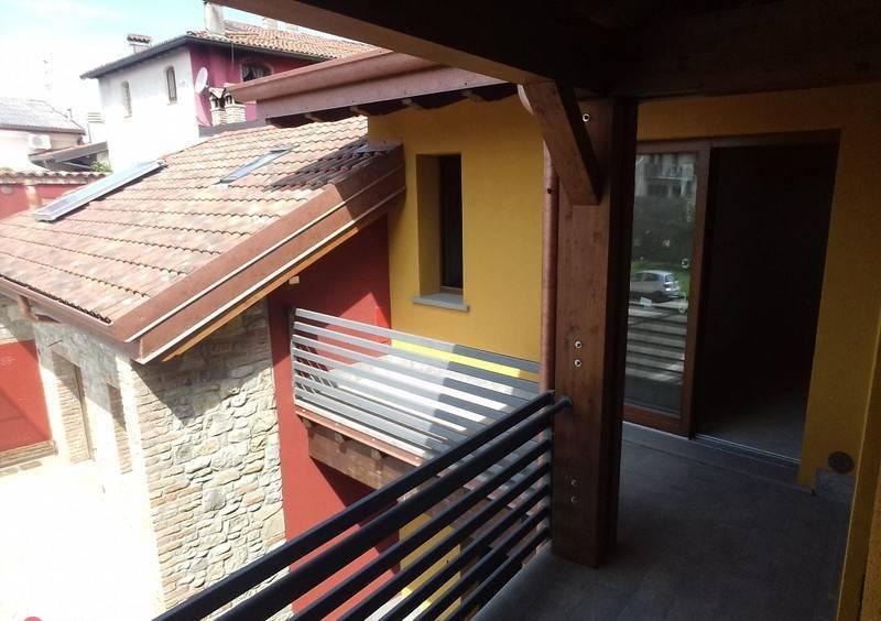 Appartamento in ottime condizioni in vendita Rif. 8645622