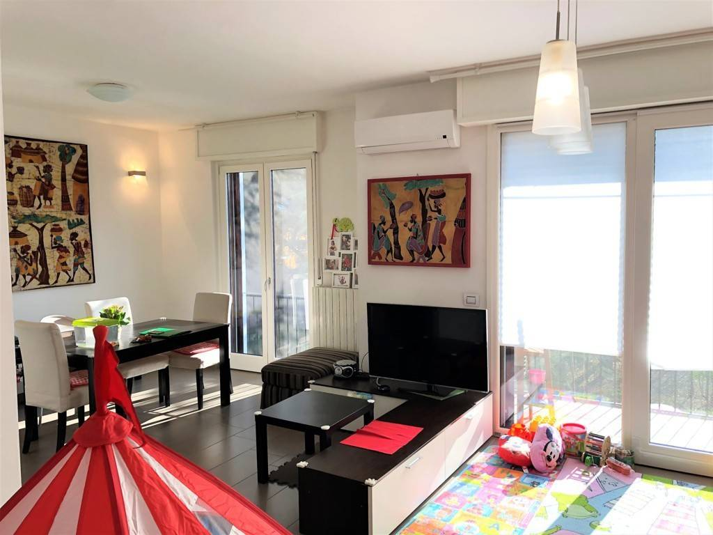 Appartamento in ottime condizioni in vendita Rif. 8638864