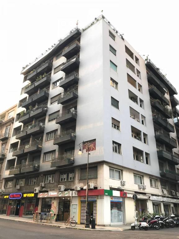 Appartamento da ristrutturare in affitto Rif. 8651469