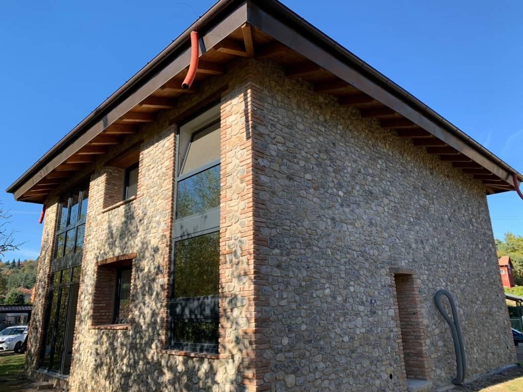 Foto 1 di Villa via Porrettana 301, Sasso Marconi
