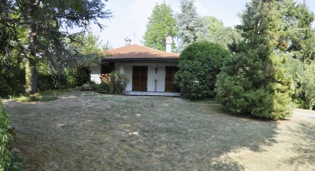 Villa in buone condizioni in vendita Rif. 8644689