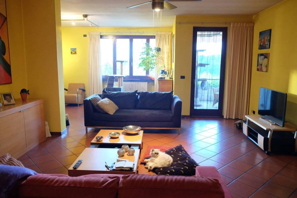 Villa in vendita a Pozzolengo, 5 locali, prezzo € 355.000 | PortaleAgenzieImmobiliari.it