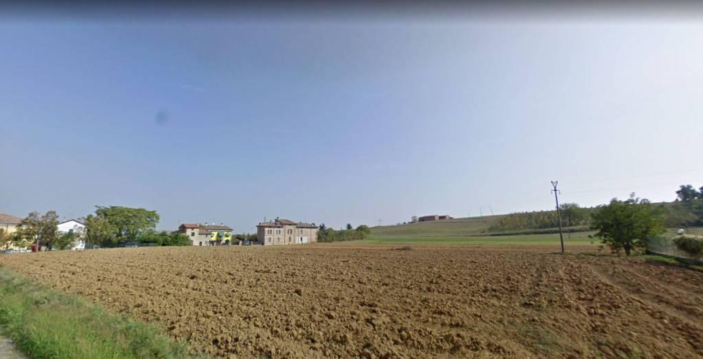 Terreno residenziale in Vendita a Carpaneto Piacentino: 2100 mq