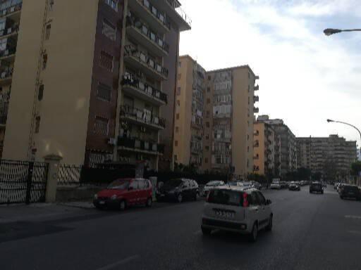 Appartamento in buone condizioni arredato in affitto Rif. 8643466
