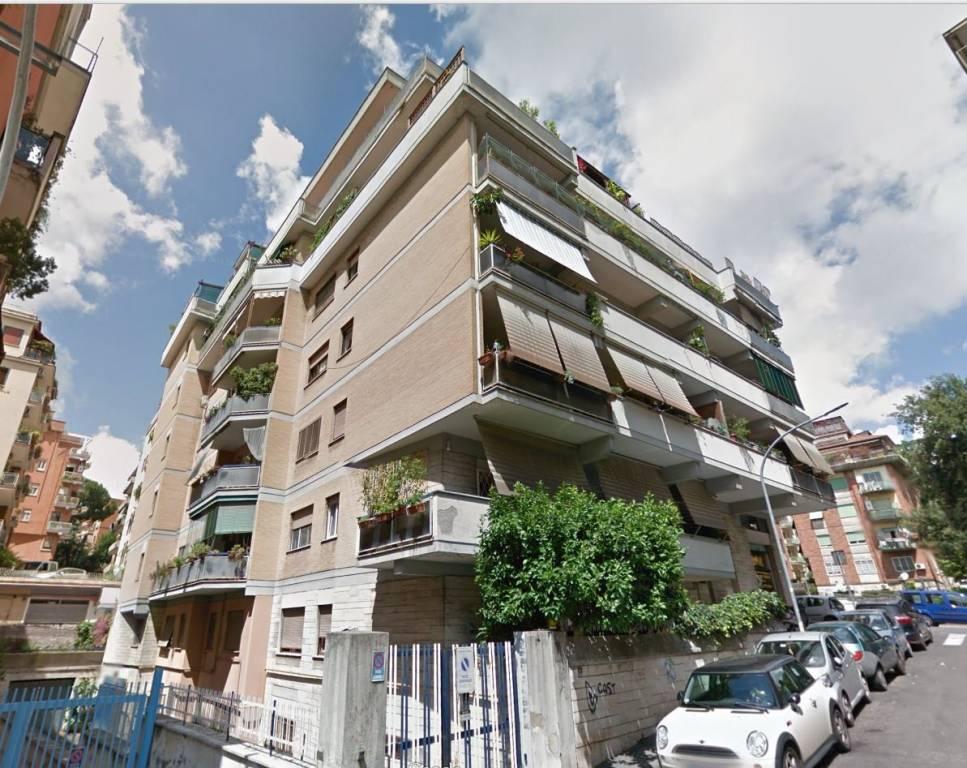 Appartamento in vendita Zona Gregorio VII - Baldo degli Ubaldi - via dei Savorelli 24 Roma