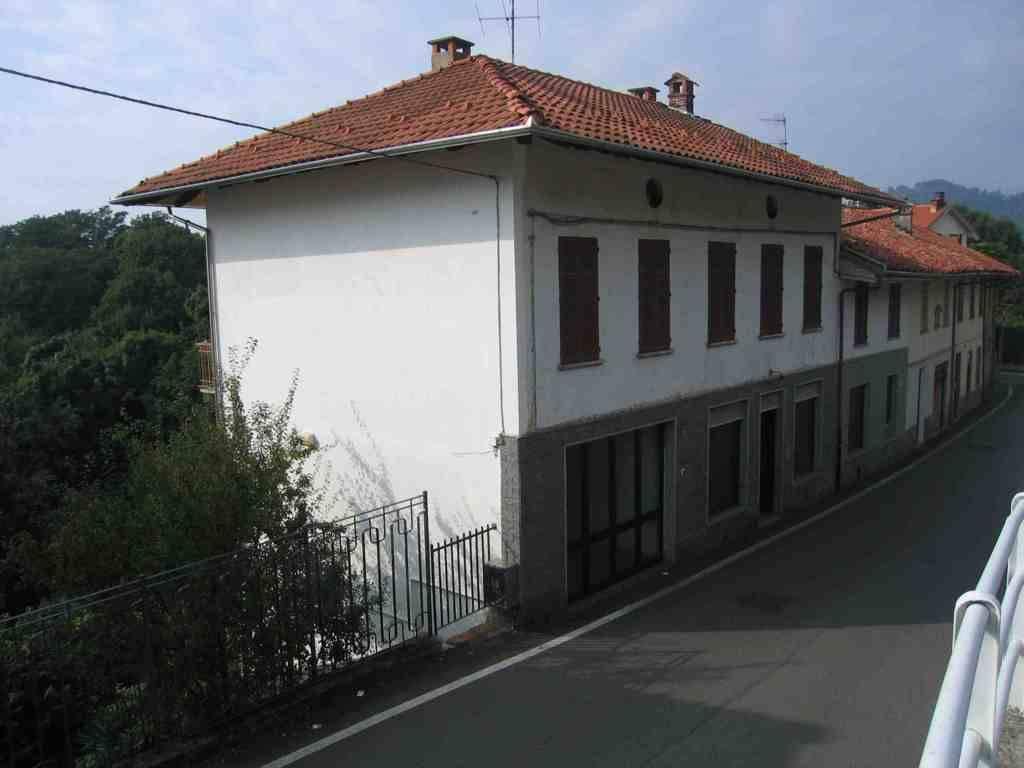 Villa in buone condizioni in vendita Rif. 8650085