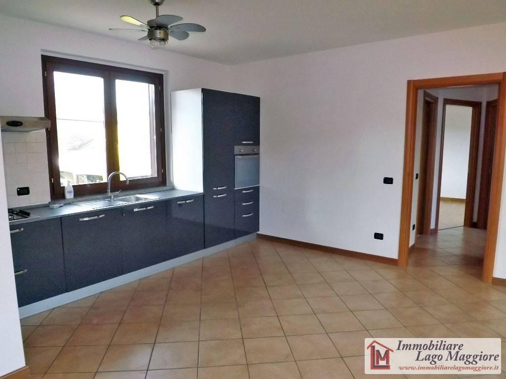 Appartamento in ottime condizioni parzialmente arredato in vendita Rif. 8639248