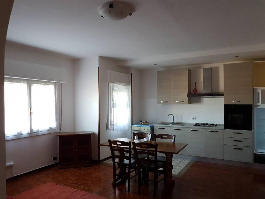 Appartamento in zona Le Rose