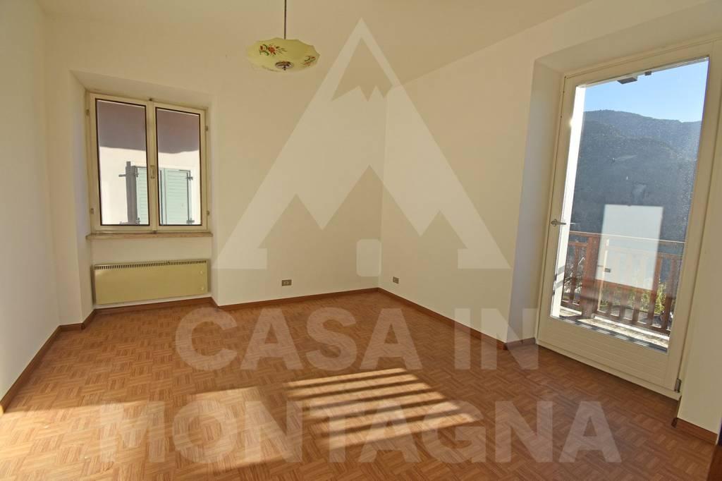 Appartamento da ristrutturare in vendita Rif. 8646723