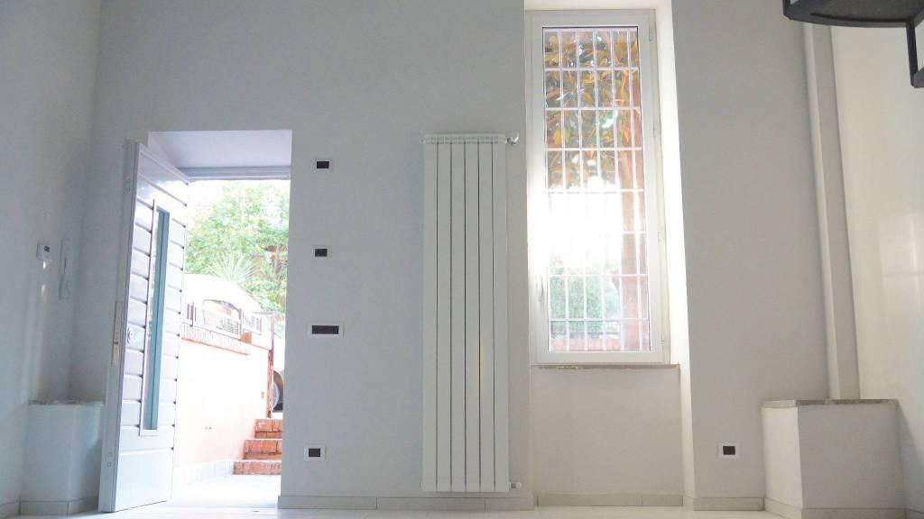 Appartamento in ottime condizioni in affitto Rif. 8647603
