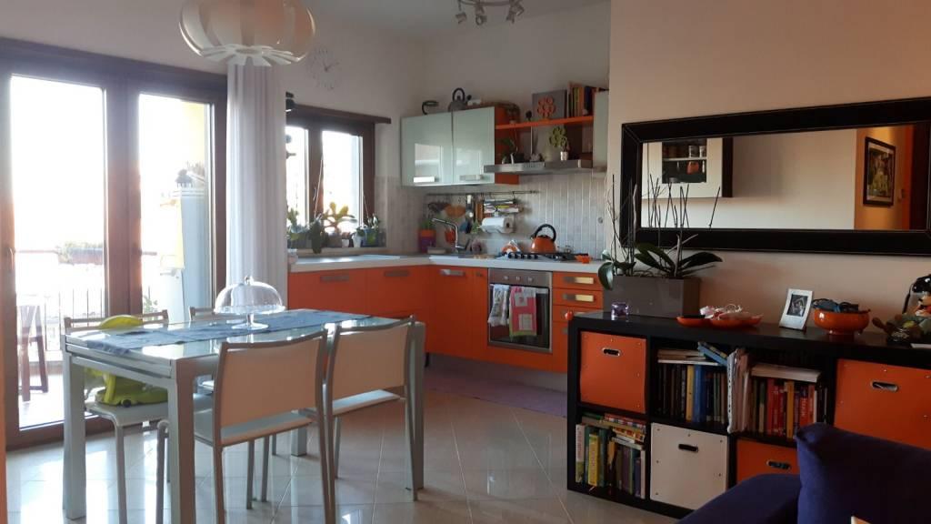 Appartamento Via Sicilia con box auto