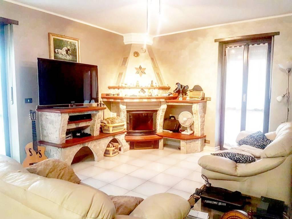 Appartamento in vendita via dei Salici 32 None