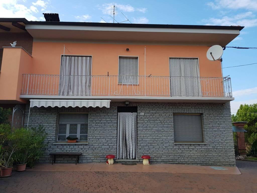 Soluzione Indipendente in vendita a Monteu Roero, 6 locali, prezzo € 169.000   CambioCasa.it