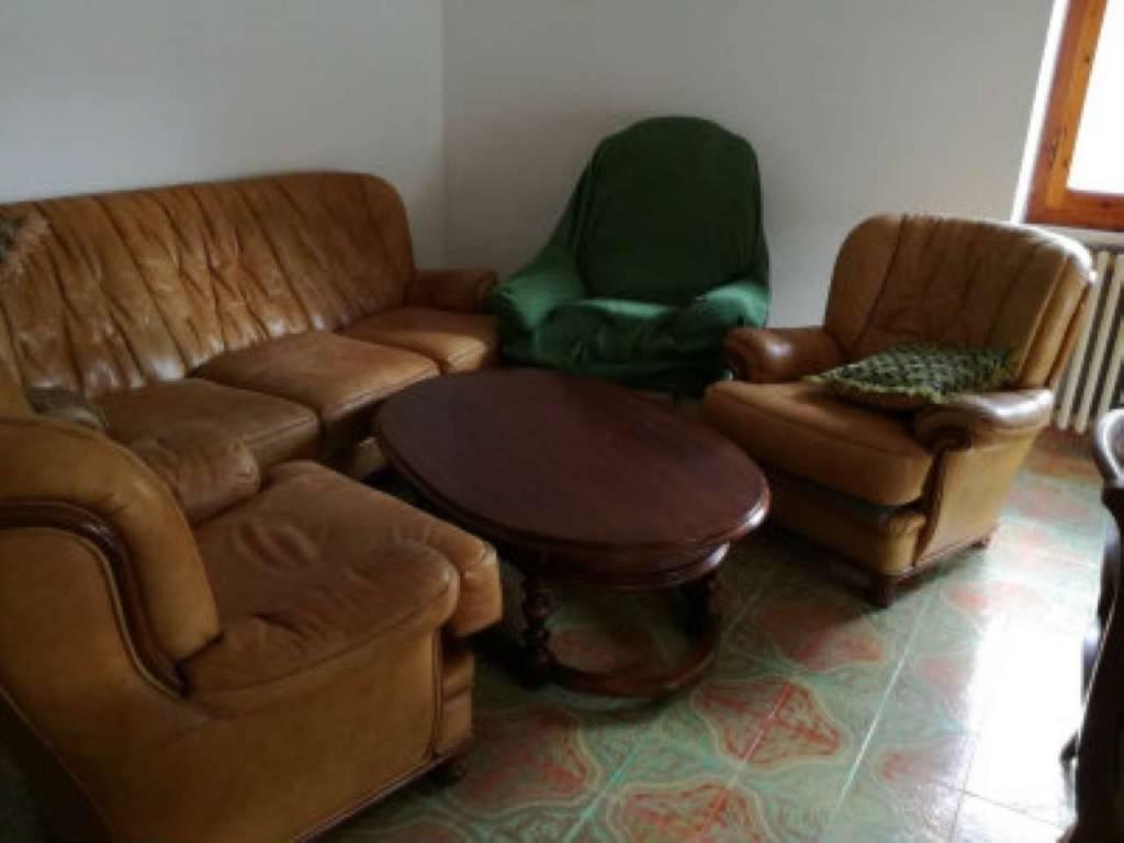 Appartamento in vendita a Roccastrada, 3 locali, prezzo € 75.000 | CambioCasa.it