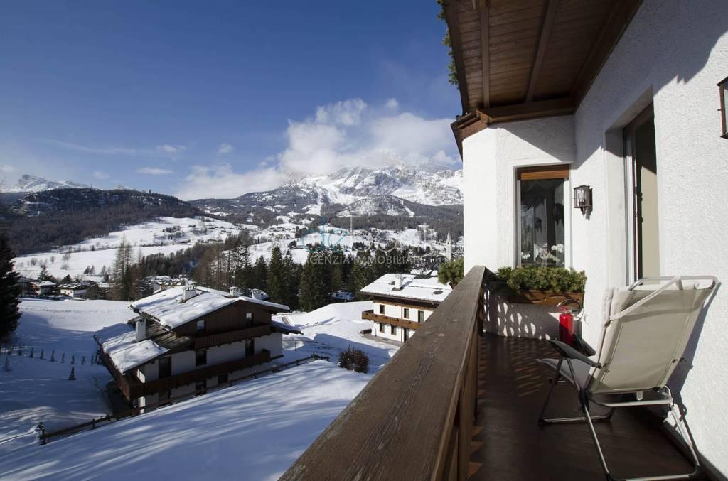 Appartamento di lusso in prestigiosa via a Cortina d'Ampezzo