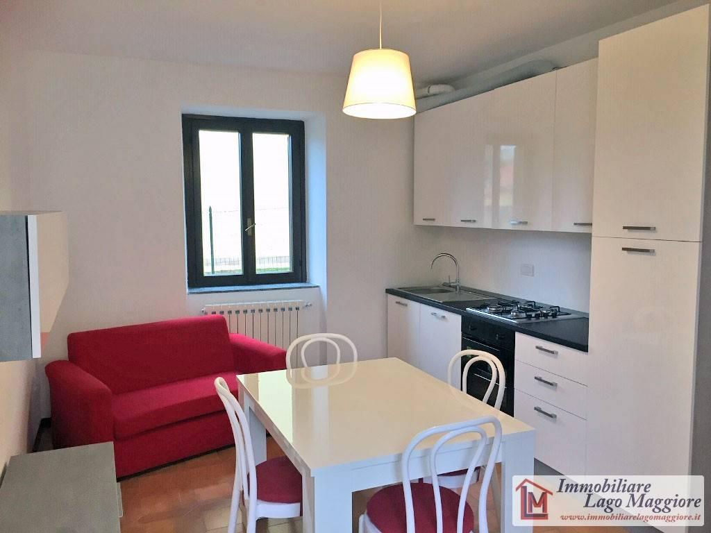 Appartamento in buone condizioni arredato in affitto Rif. 7676270