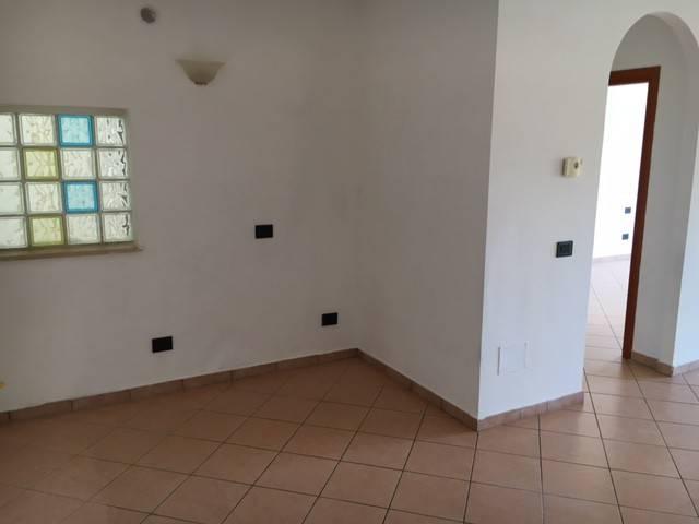 Appartamento in ottime condizioni in vendita Rif. 8646315
