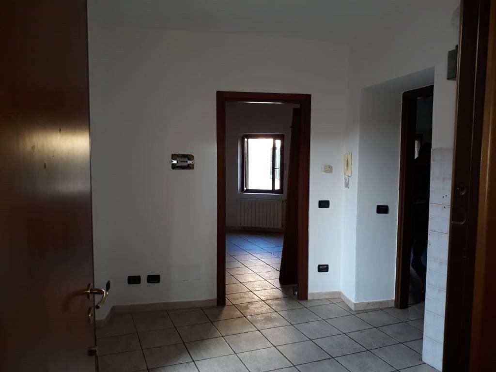 Appartamento in vendita a Pontirolo Nuovo, 2 locali, prezzo € 32.000 | CambioCasa.it