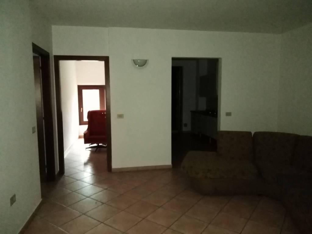 Appartamento arredato in affitto Rif. 8639123
