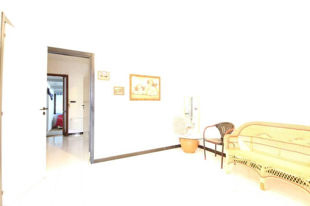 Villa in buone condizioni arredato in vendita Rif. 8650041