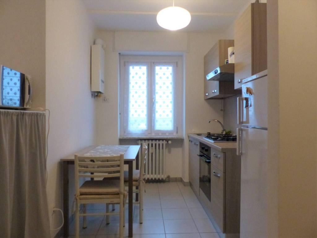 Appartamento in buone condizioni arredato in affitto Rif. 8647261