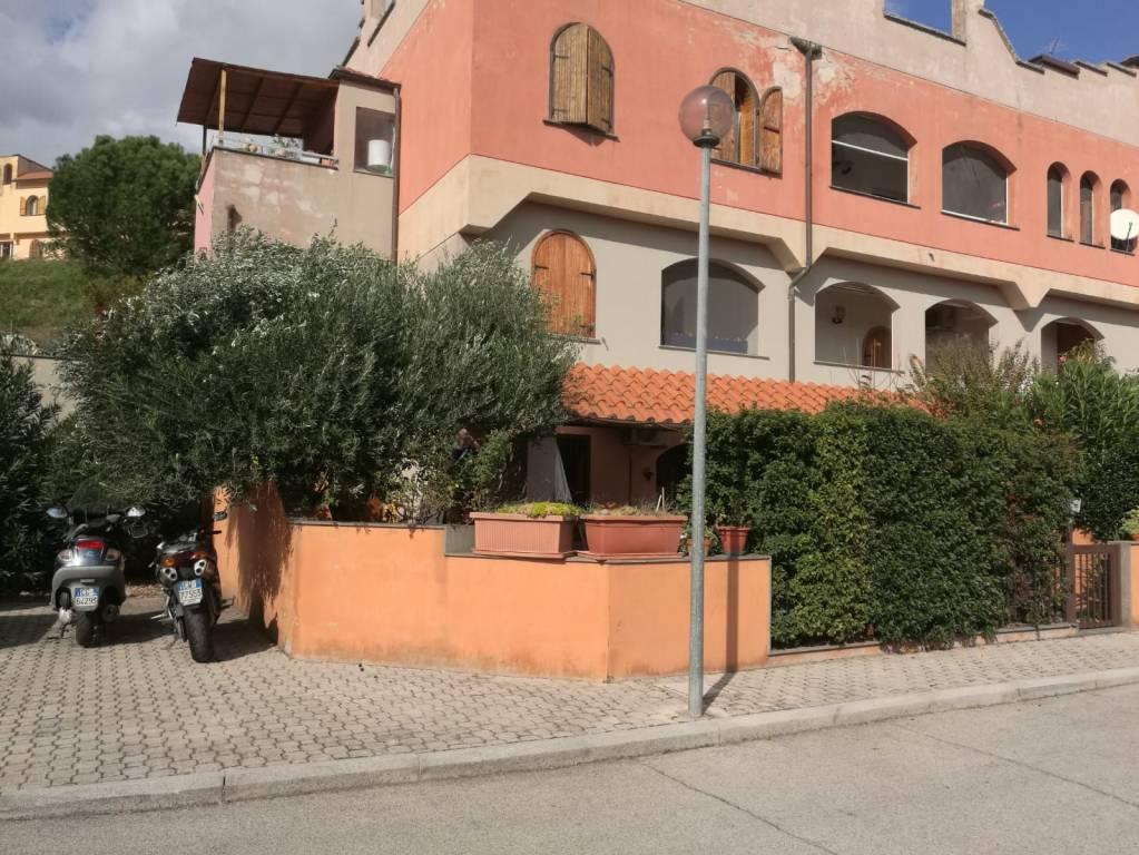 Appartamento in ottime condizioni in vendita Rif. 8647705