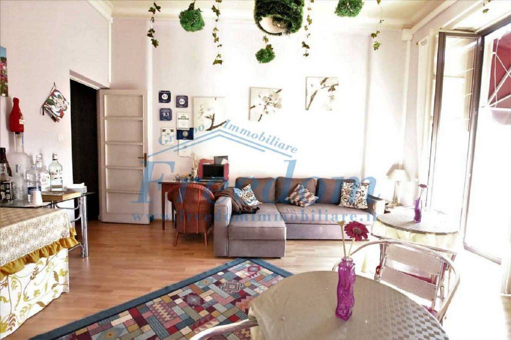Appartamento in Vendita a Catania Centro: 5 locali, 165 mq