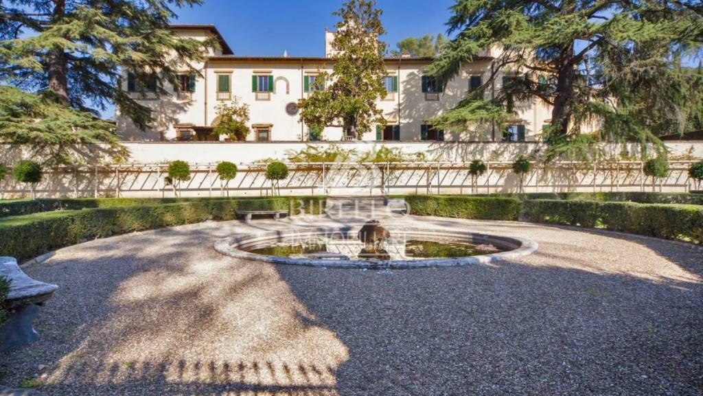 Villa in Affitto a Firenze Periferia Sud: 5 locali, 400 mq