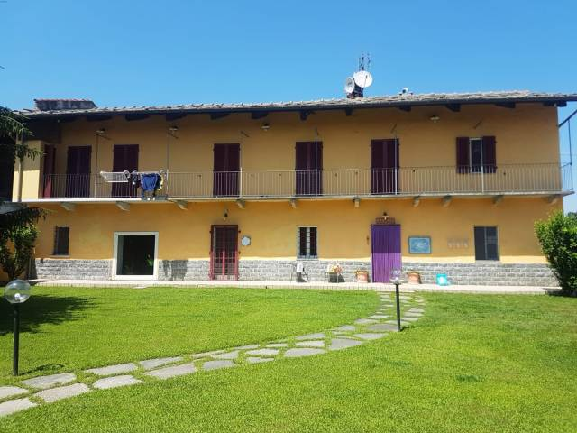 Foto 1 di Rustico / Casale Garzigliana
