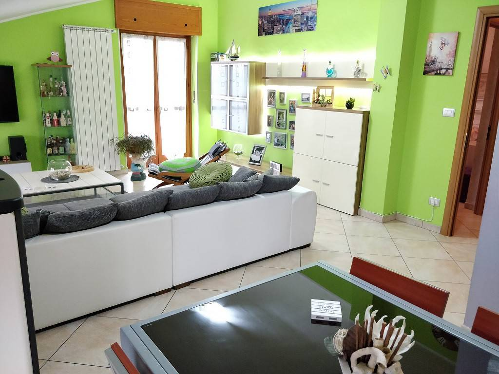 Appartamento in vendita a Cavagnolo, 4 locali, prezzo € 60.000 | CambioCasa.it