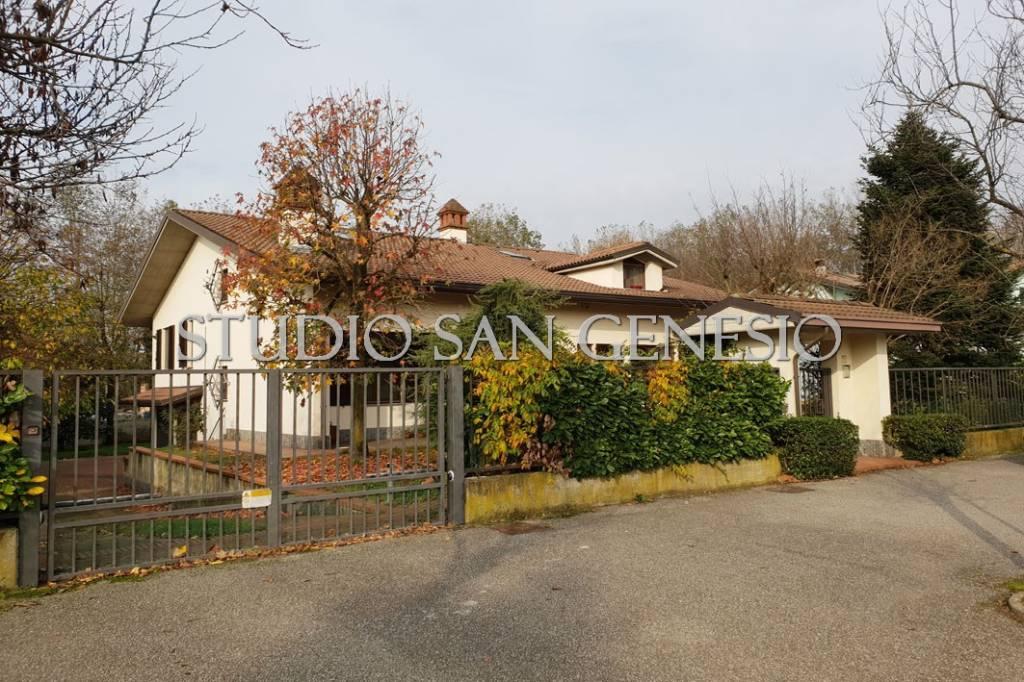 Villa in vendita a San Genesio ed Uniti, 7 locali, prezzo € 495.000   PortaleAgenzieImmobiliari.it