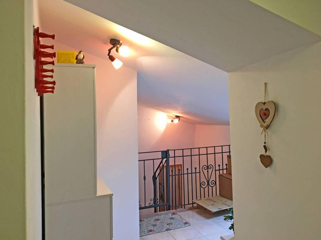 Attico / Mansarda in ottime condizioni arredato in vendita Rif. 8665740