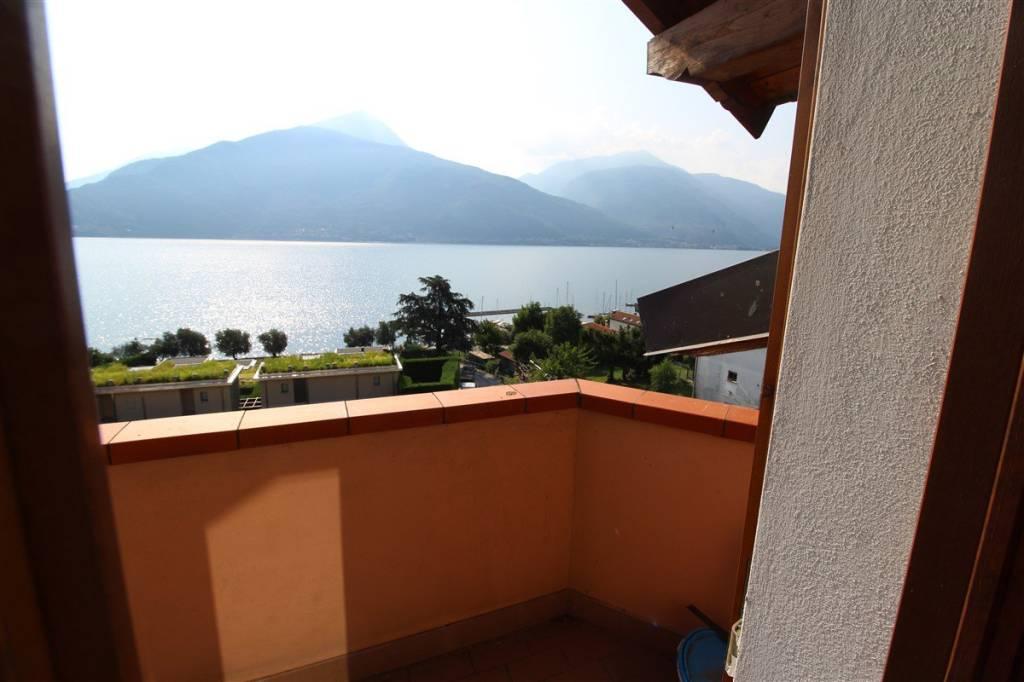 Appartamento in ottime condizioni arredato in affitto Rif. 8661864