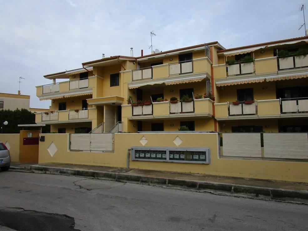 Appartamento in ottime condizioni in vendita Rif. 8659190