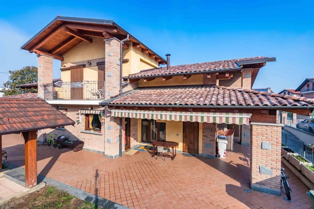 Villa in ottime condizioni in vendita Rif. 8551380