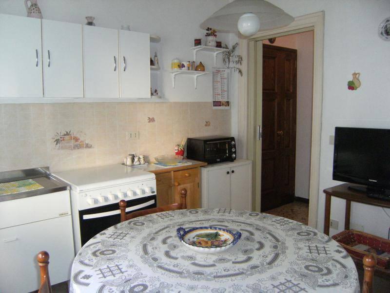 Appartamento in buone condizioni in vendita Rif. 8661624