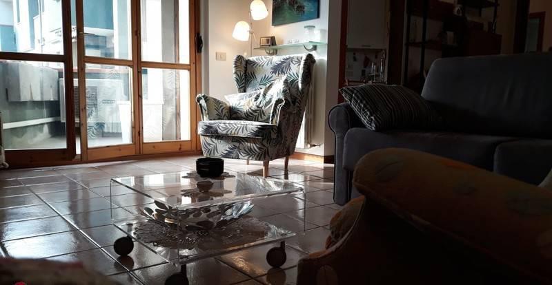 Appartamento in buone condizioni in vendita Rif. 8660791