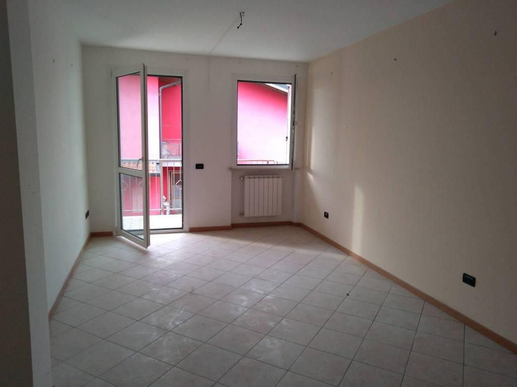 Appartamento in ottime condizioni in vendita Rif. 8660031