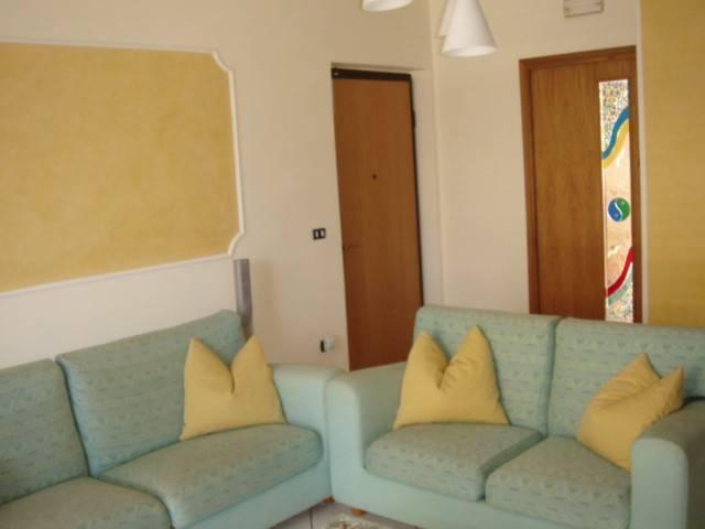 Appartamento in ottime condizioni arredato in affitto Rif. 8662118