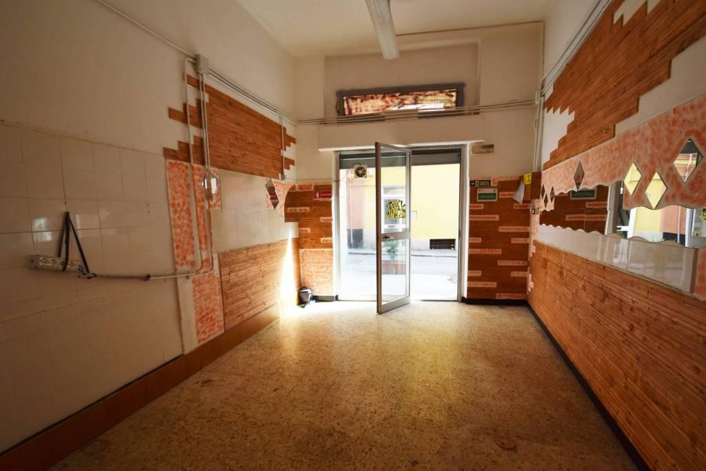 Negozio / Locale in affitto a Genova, 1 locali, zona Zona: 16 . Voltri, Ponente Mare, prezzo € 400 | CambioCasa.it