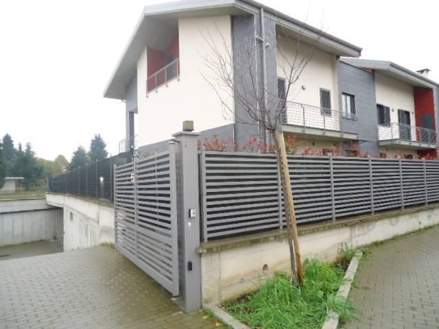 Magazzino - capannone in affitto Rif. 9147788