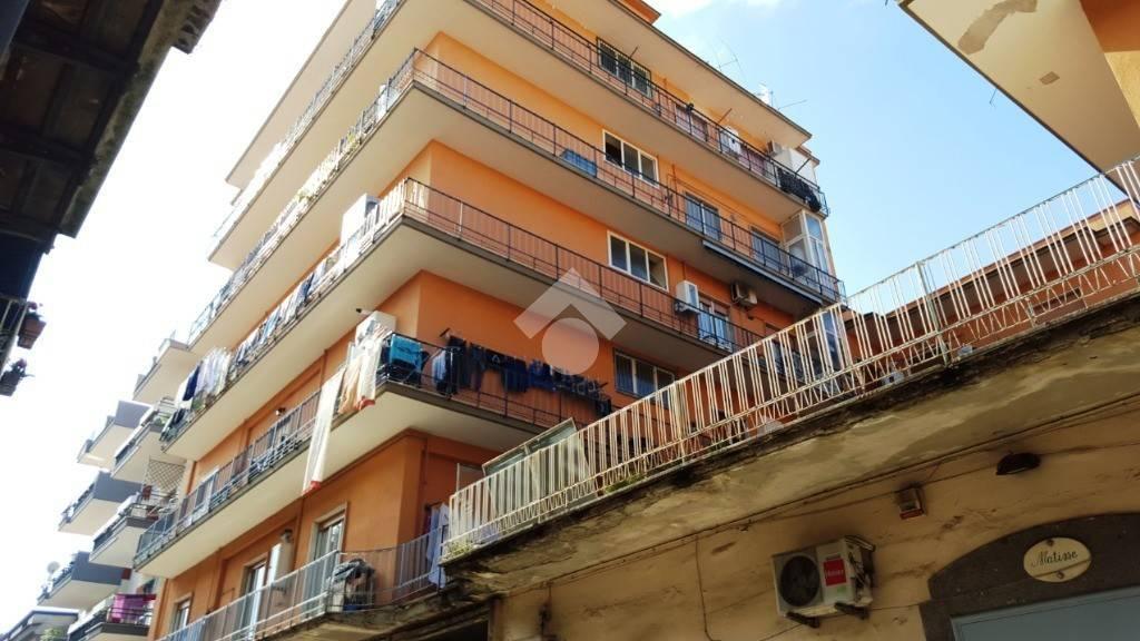 Appartamento in buone condizioni in vendita Rif. 9225761