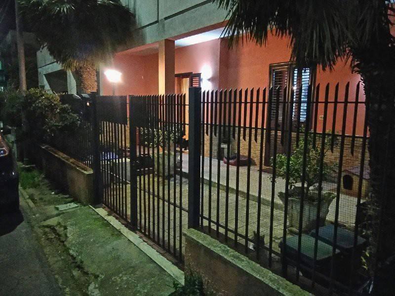 Appartamento in buone condizioni parzialmente arredato in vendita Rif. 8777827