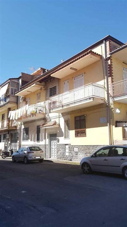 Appartamento in buone condizioni in vendita Rif. 8677982