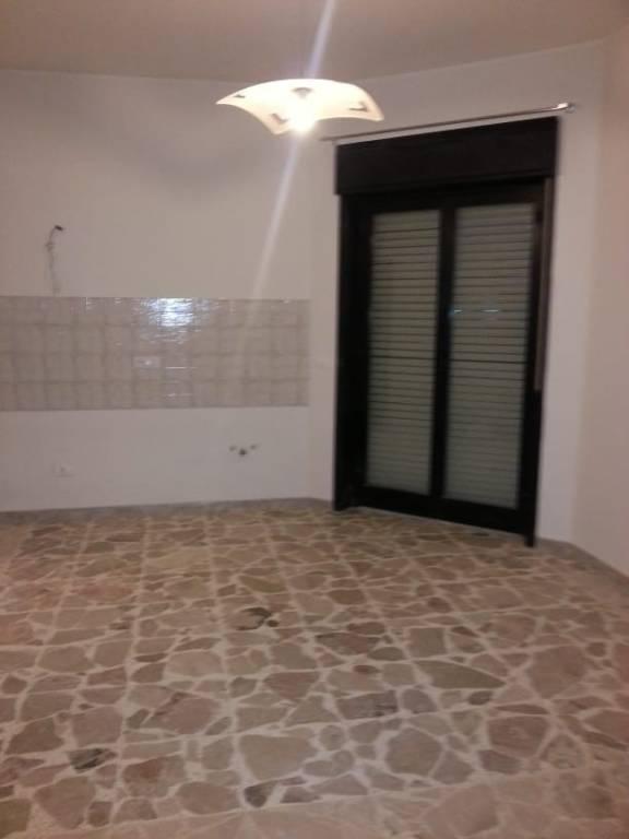 Appartamento in villa di circa 70 mq con terrazzo 0957928209