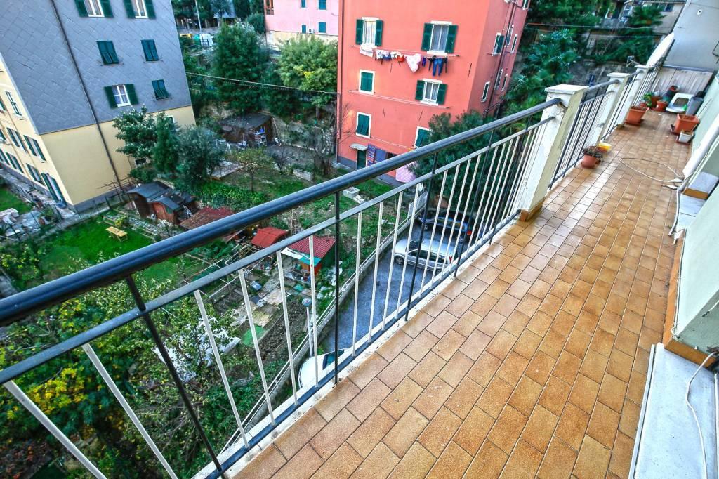 Foto 1 di Bilocale via degli Albanesi, Genova (zona Quarto)