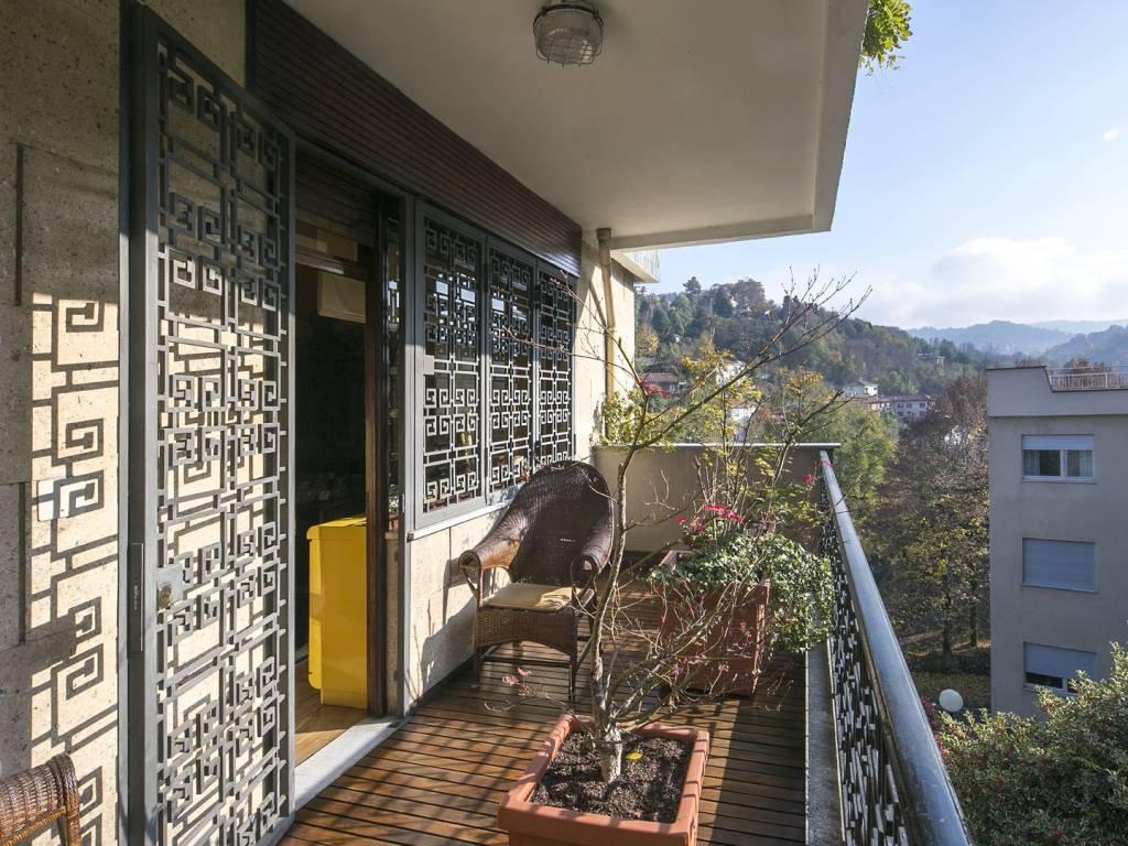 Appartamento in vendita Zona Precollina, Collina - corso Luigi Kossuth 71 Torino